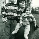 Mama și sora Prințului  in anul 1990