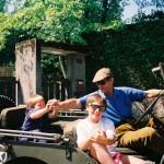 Octombrie  1993 - Versoix, Switzerland. Prințul cu Regele si sora Prințului. Cel cu șapcă e Regele!