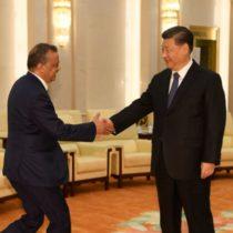 Tedros Adhanom de la OMS în întâmpinarea președintelui chinez Xi JinPing