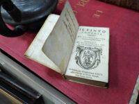 Il-Finito-Comedia-de-Luigi-Tansillo-(Vicenza,-1601)-dacă-nu-cea-mai-scumpă-900-de-lei–cu-siguranță-este-printre-cele-mai-veche.