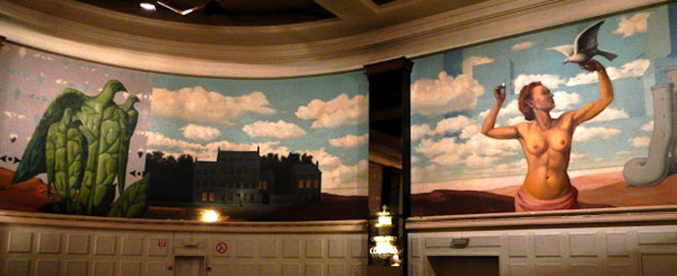 Knokke-Heist-Casino-with-its-mural-by-Magritte-foto-Eliza-Batz