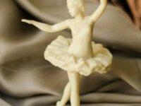 balerina figurina