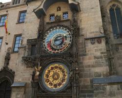 Faimosul-Orologiu-al-vechii-Primării-din-Praga