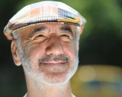 razvan-vasilescu-america-actor-cancan-3 cu șapca