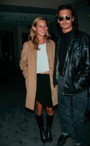 Revine moda anilor 90