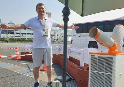 Aer condiționat afară la Jocurile Olimpice. În imagine Dorin Chioțea, trimisul TVR în Japonia
